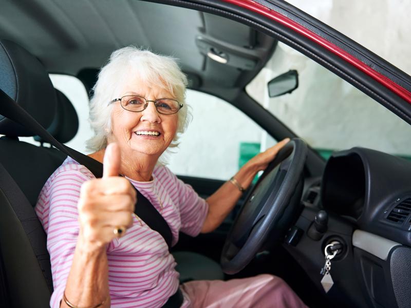 Vamos falar sobre legislação para idosos no trânsito