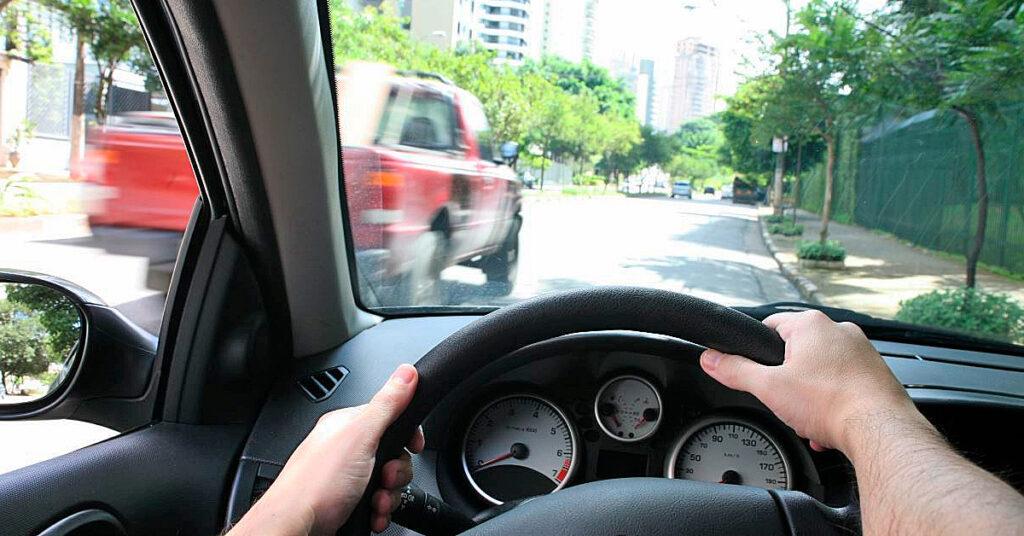4 dicas de direção que podem salvar vidas, inclusive a sua