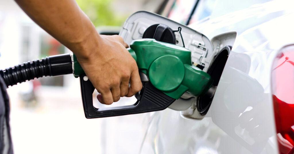 como economizar combustível na cidade