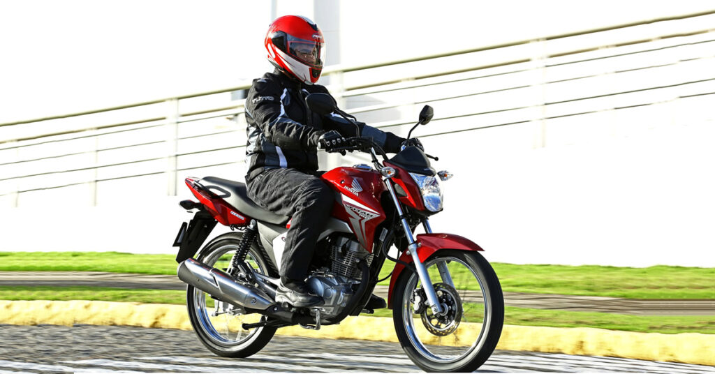 andar de moto com segurança