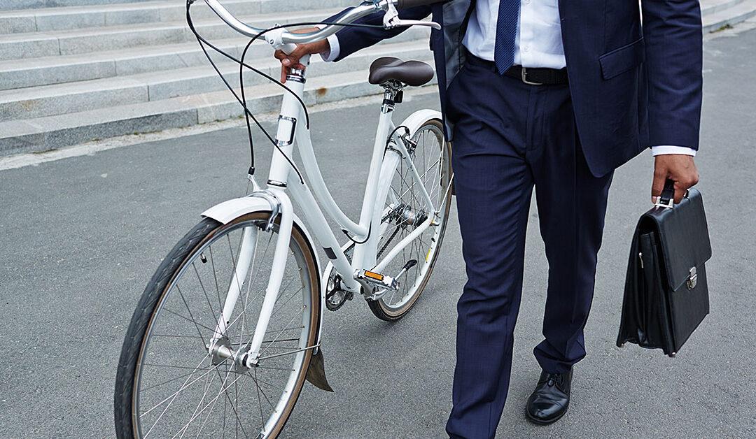 Incentivar o transporte urbano sustentável pode reduzir custos na empresa