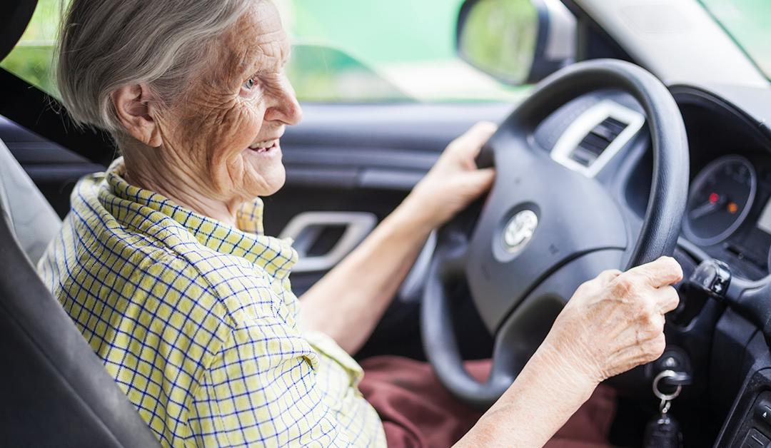Idosos na direção: até que idade podemos dirigir?