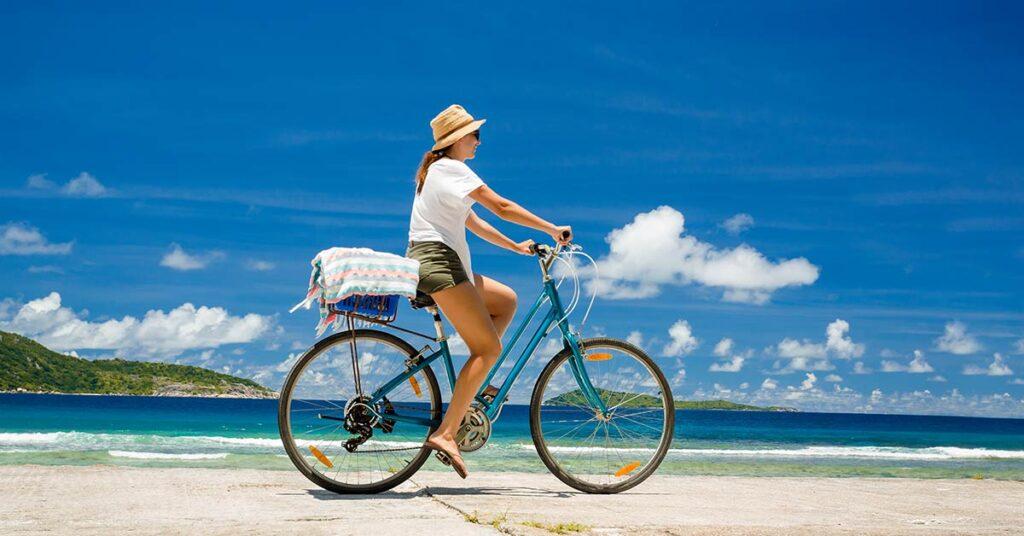 pedalar na praia