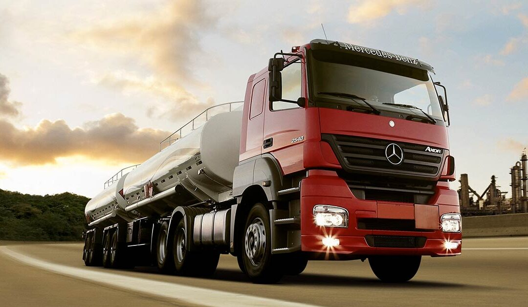 Motorista: tire as suas dúvidas sobre o transporte de cargas perigosas