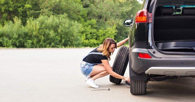 Como trocar o pneu sozinha