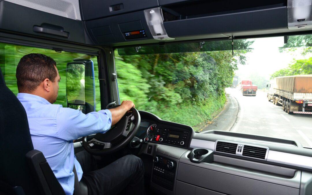 Quer ser motorista e aumentar sua renda? Conheça nossos cursos especializados